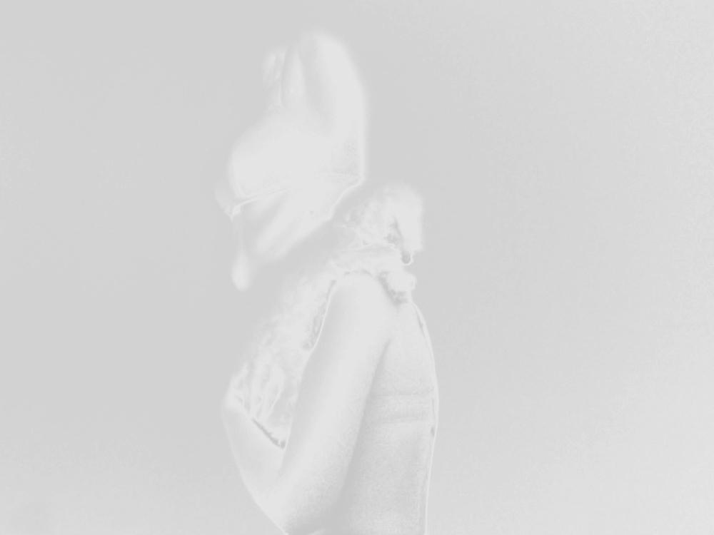 klein_wei__skulptur_suburbanetranszendenz_2Foto_am_05_05_2012_um_sxa10.10_5_Kopie_Kopie